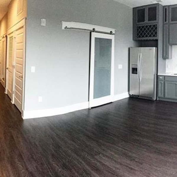 A look inside our A1 floor plan. This beauty is a Studio | 1 Bath | 629 sq ft. Contact us today, we would love to show you around! #pointonscott #thisisnwrliving
